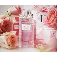 Miss Dior Rose N'Roses – розовый аромат, пахнущий любовью